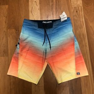 Billabong Recycler Boardshorts size 32